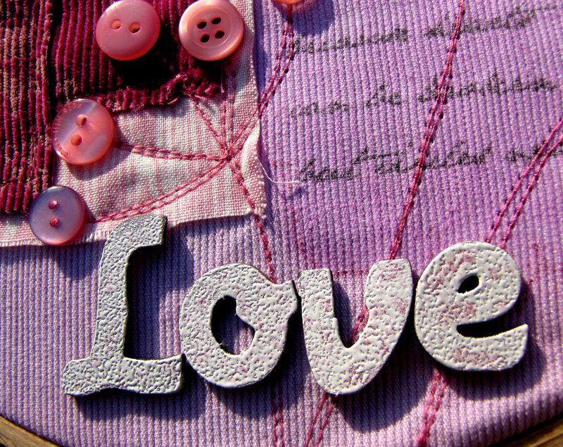 Love-detail1